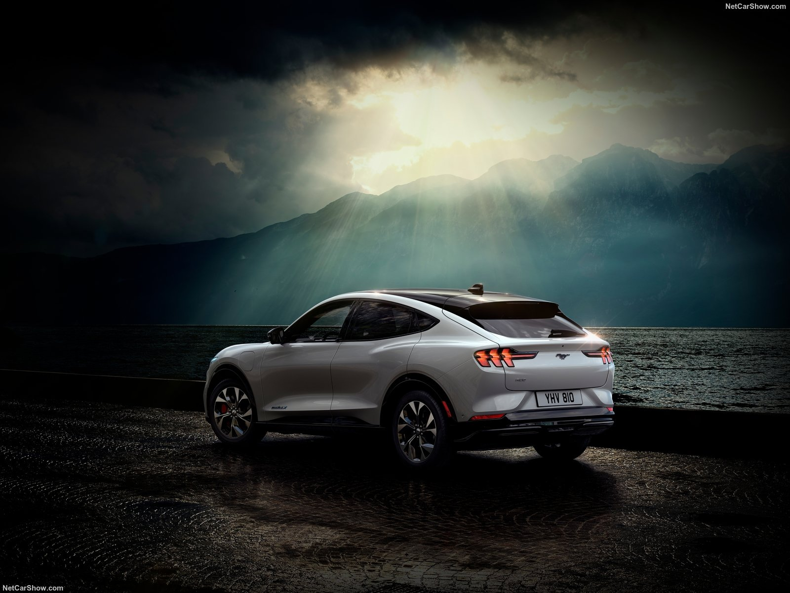 ford-mustang-match-e